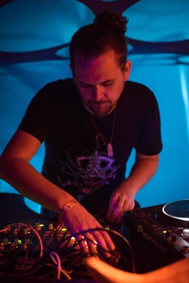 Hedflux DJ