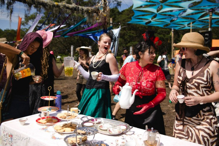 It's nigh time for High Tea - Photo: Erica Sundrop