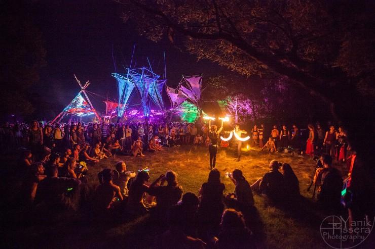 Fire Show - Photo: Yanik Tissera